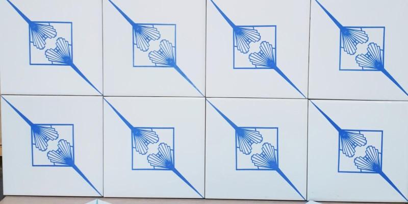 Paredes com azulejo Leque Duplo