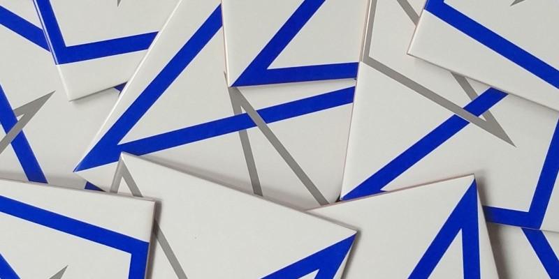 Duas versões para o azulejo BOSSA