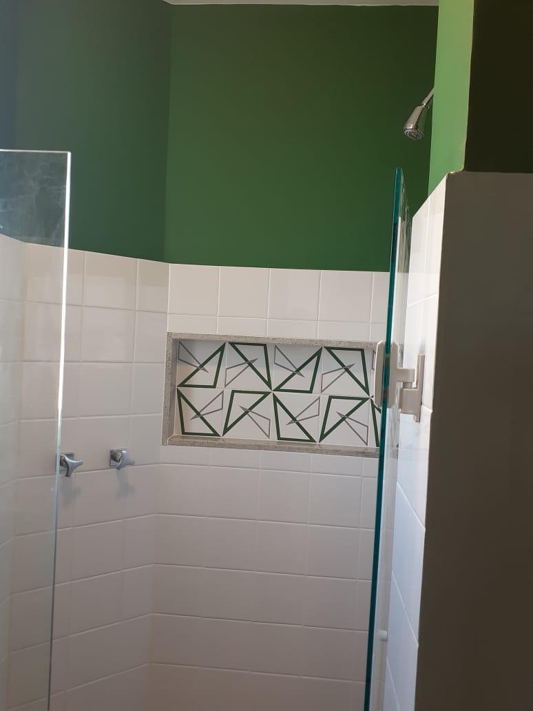 Banheiro com azulejo BOSSA
